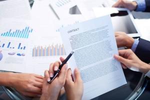 ضرورت آشنایی با مجموعه قوانین و مقررات حوزه مترجمان رسمی
